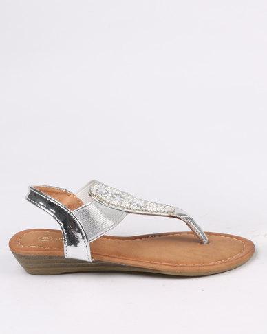 8155c7d91f857 Pretty Feet Girls Sandals Silver