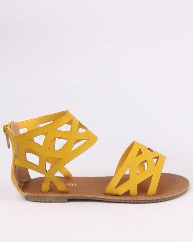 bd4a8ae880e46 Pretty Feet Girls Sandals Mustard