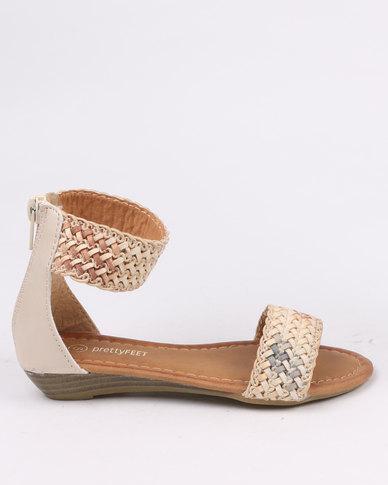 30f350b7e1309 Pretty Feet Girls Sandals Beige