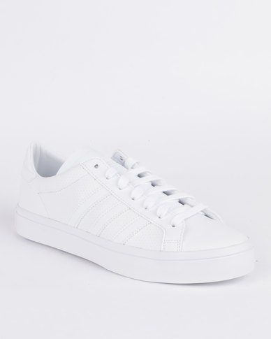 39bdd9e0 adidas Court Vantage Sneaker White