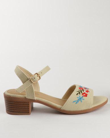 edf9082d437 Solle Embroidered Block Heel Sandals Beige