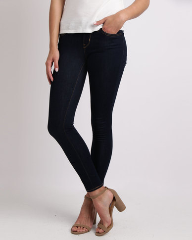 Levi's ® 711 SKINNY FIT JEANS CAST SHADOWS