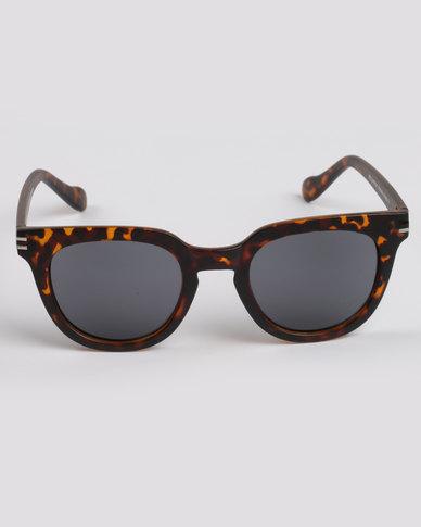 7585d04c0001 CHPO Wellington Turtle Sunglasses Brown/Black   Zando
