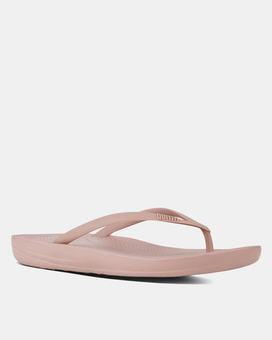 9caedb856ff FitFlop iQushion Flip Flops Nude