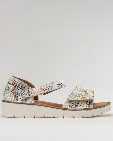 Shoe Art Warmer Sandal White Print