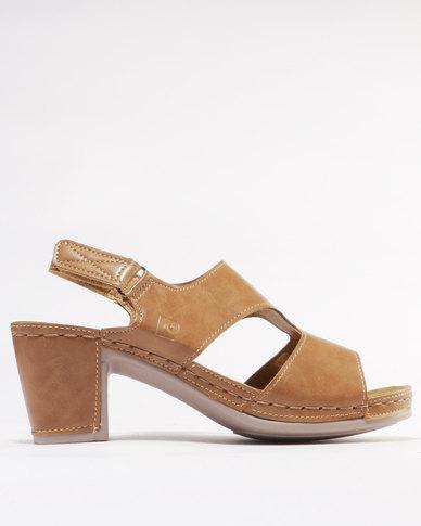 3780fb70c6e8 Pierre Cardin Comfort Block Heel Sandals Tan