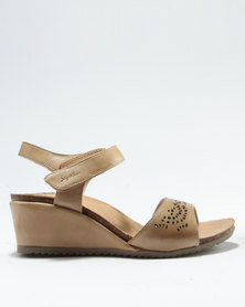 96d7d3b8214 Step On Airs Judy Wedge Sandal Tan