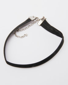 Lacey Luck Textured Fabric Choker Black