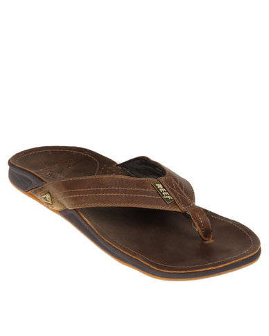 Brown J Leather Bay Reef Sandals thdsQr