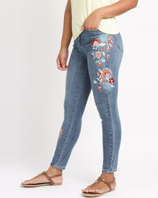 New Look Floral Embroidered Cropped Skinny Jenna Jeans Blue