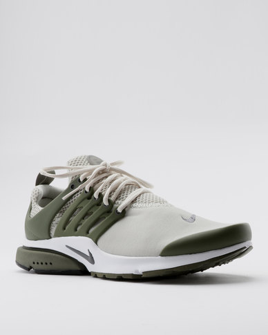 bf4794e6a3ff Nike Air Presto Essential Sneakers Multi