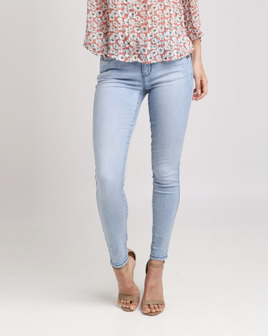 3834dc5be Sissy Boy Axel Mid-rise With Bling Detail Skinny Jeans Light Blue | Zando