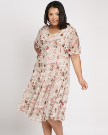 Queenspark Plus Spaced Floral Flared Mesh Knit Dress Cream