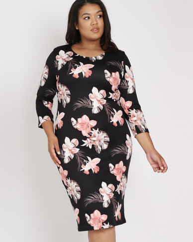 Queenspark Plus Spaced Floral Knit Dress Black