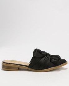 Footwork Ami Slip On Flats Black