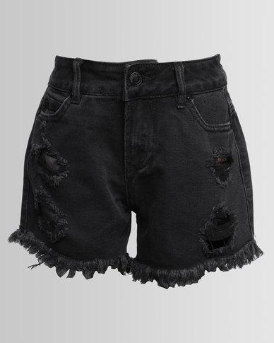 New Look R+R Oriental Patch Denim Shorts Black