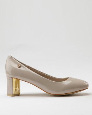 cdaa5c16e21a Pierre Cardin Patent Metallic Heel Court Beige