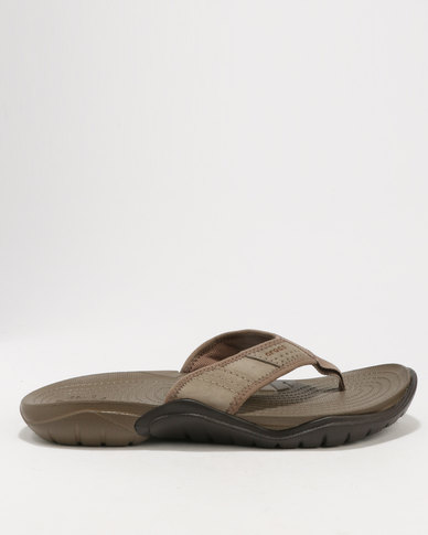 762b35a34125 Crocs Men s Swiftwater Flip Flops Brown