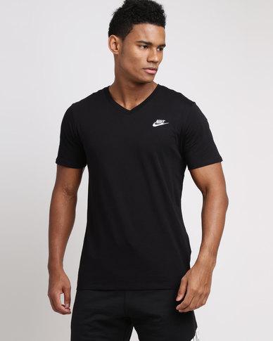 5e2068a0 Nike Mens Sportswear V-neck Club Embroidered Futura Tee Black/White | Zando