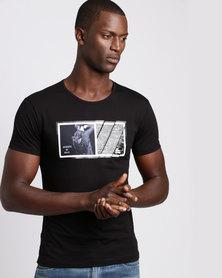 Josalem Photographic Print Slim Fit Tee Black