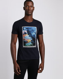 Josalem Abstract Print Slim Fit Tee Black