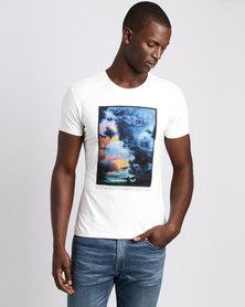 Josalem Abstract Print Slim Fit Tee White