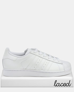 new product 9c3d7 bebe0 adidas Superstar Foundation J Sneakers White