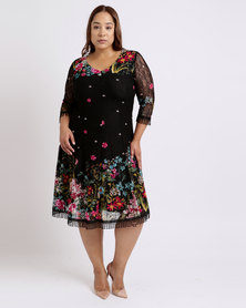 Queenspark Plus Border Floral Fit & Flare Knit Dress Black