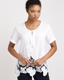 Queenspark Romeo & Juliet Embroidered Blouse White
