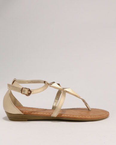 2aad5fd4f1 Bata Ladies Low Wedge Sandals Gold | Zando