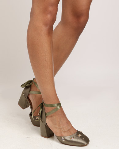 Legit Legit Closed Toe d'Orsay with Ankle-tie on Block Heel Fatigue shop offer cheap price LxQwVF2dz