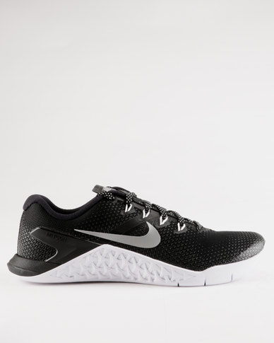 Nike Performance Womens Metcon 4 Black  cee53fe4a