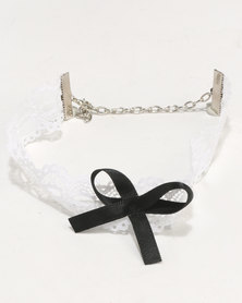 Jewels & Lace Laser-Cut Flower Choker White/Black