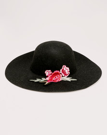All Heart Hat with Embroidery Detail Black