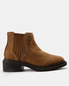 Utopia Stud Gusset Boots Camel