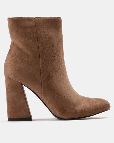 Utopia Flared Block Heel Boots Camel