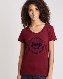 Jeep Scoop Neck Flock T-Shirt Wine