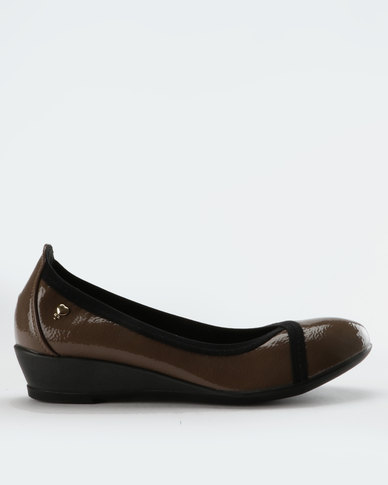 pick a best sale online DR Hart DR Hart Lynix Wedges Taupe best cheap price sale genuine cheap with credit card oFnEB7