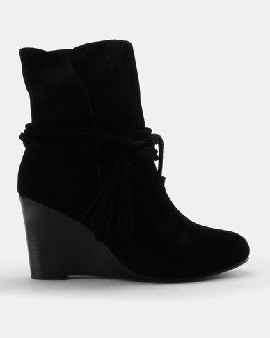 Julz Kaylee Suede Wedge Boot With Tassel Detail Black