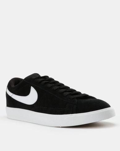 brand new a24f2 a0059 Nike Blazer Low Sneakers Black/White