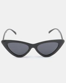 UNKNOWN EYEWEAR Phoebe Sunglasses Black