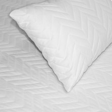 Sheraton Standard Quilted Pillow Protector White
