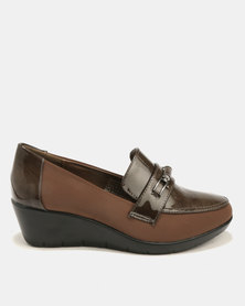 Butterfly Feet Shona Wedge Taupe