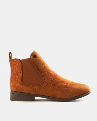 Miss Black Falon Gusset Boots Tan