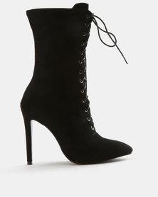 Wild Alice by Queue Plain Lace Up Boots Black