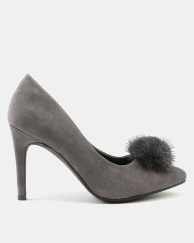FRANCO CECCATO POINTY COURT  WITH FURY POMPOM
