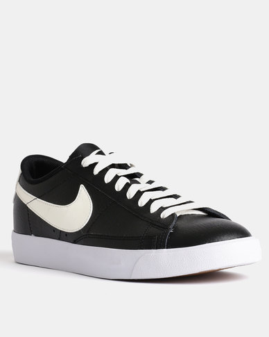 new style dc7d2 b9e5f Nike Blazer Low Leather Sneakers Black   Zando