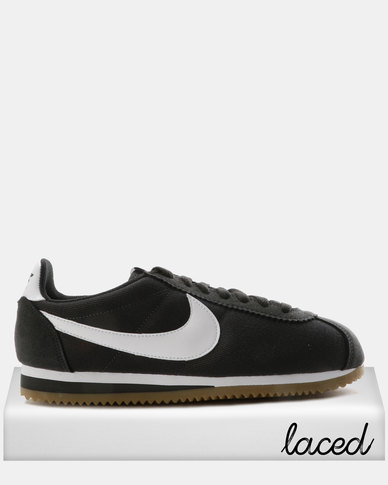 8f92f1ee9de Nike Classic Cortez Nylon Sneakers Anthracite White-Gum Light Brown ...