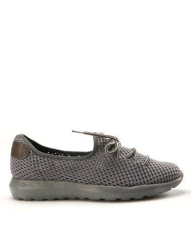 Froggie Froggie Shawn Slip On Shoes Grey outlet limited edition clearance get to buy clearance amazon Px9gm4Y