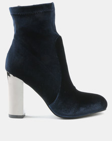Wild Alice by Queue Stretch Velour Boots Navy Blue